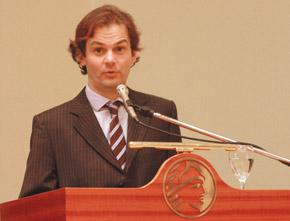 Tomás Marques, representante en París del Programa de las Naciones para el Medio Ambiente (PNUMA).