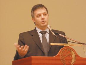 Marcelo Cox, representante de Apell.