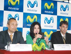 Funcionarios de Movistar.