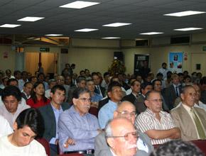Profesionales y técnicos del sector minero peruano.