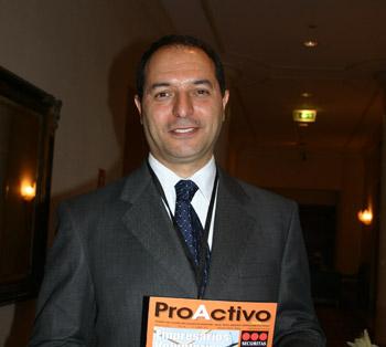 Yves Barsimantov, gerente general de Panoro Apurimac.