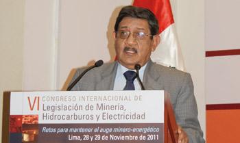 Gerente general de Compañía Minera Poderosa, Marcelo Santillana.