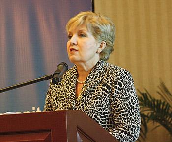 Lilian Rocca Carvajal, Superintendente del Mercado de Valores (SMV).