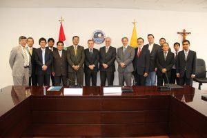 Equipo de Telefónica y Grupo de Telecomunicaciones Rurales de la PUCP que implementará las iniciativas del convenio.