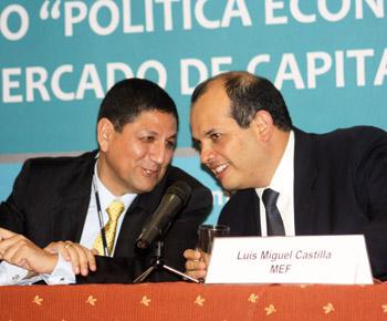 Presidente de Procapitales, Marco Antonio Zaldívar y Ministro del MEF, Luis Miguel Castilla.Presidente de Procapitales, Marco Antonio Zaldívar y Ministro del MEF, Luis Miguel Castilla.