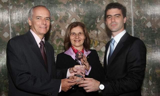 La Asociación Sodexo en Moquegua recibió el premio al primer lugar en cuanto a la responsabilidad social en el marco del evento Expomina.