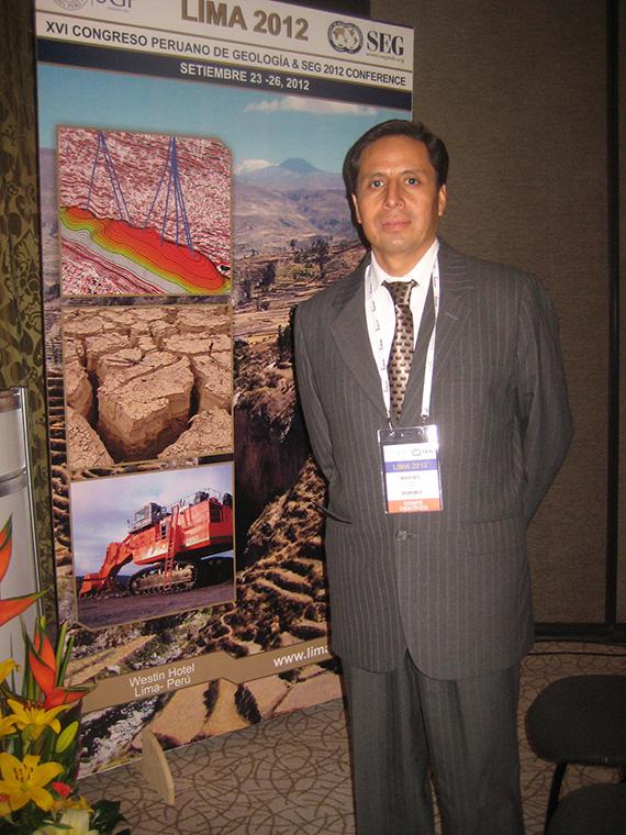 Jersy Mariño, de la Dirección de Geología Ambiental y Riesgo Geológico del Instituto Geológico, Minero y Metalúrgico (Ingemmet),
