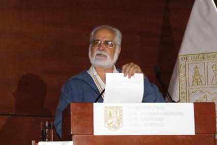 Padre Gastón Garatea, asesor en Responsabilidad Social de la Pontificia Universidad Católica.