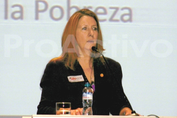 Joanne Freeze, presidente y  CEO de Candente Copper Inc.