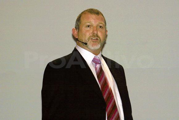 Donald McIver, Vicepresidente de Exploración de Minera IRL.