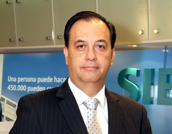 Edwin Chávez Zavala: Nuevo Gerente General de Siemens Perú y Ecuador