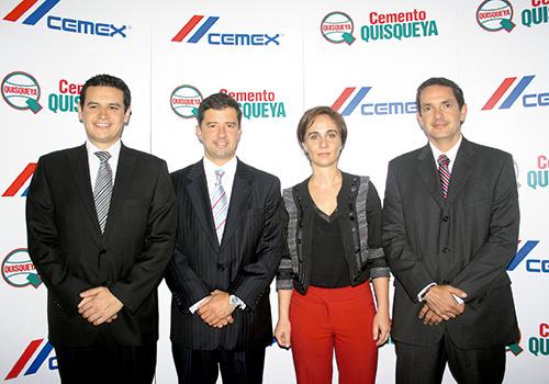 Elkin Araque Bermudez, Leopoldo Corona, Andrea Ortiz de Zevallos y Javier Serrano.