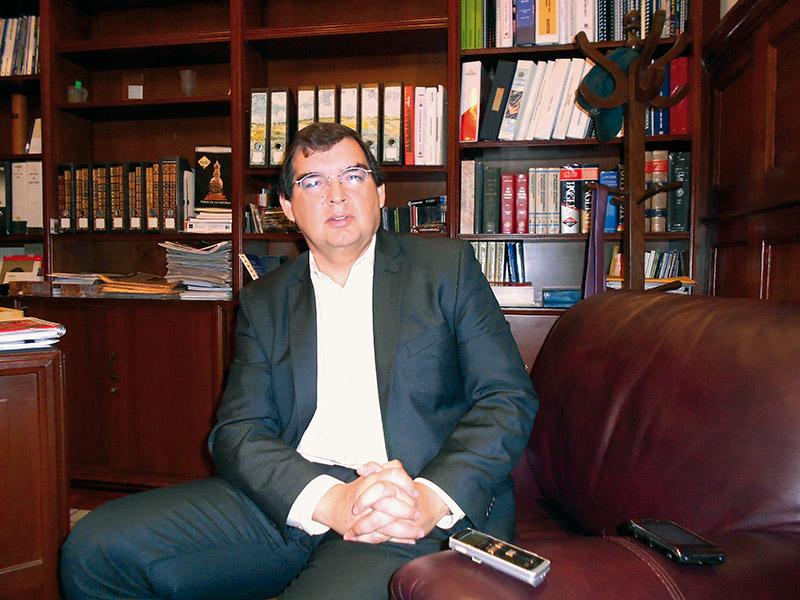 Carlos Alarco, gerente general de BISA