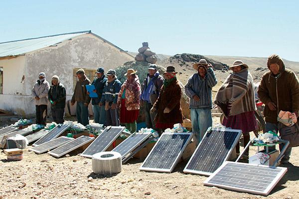 Paneles-solares-Yungarasi-Condoroma