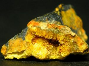 uranio-mineral
