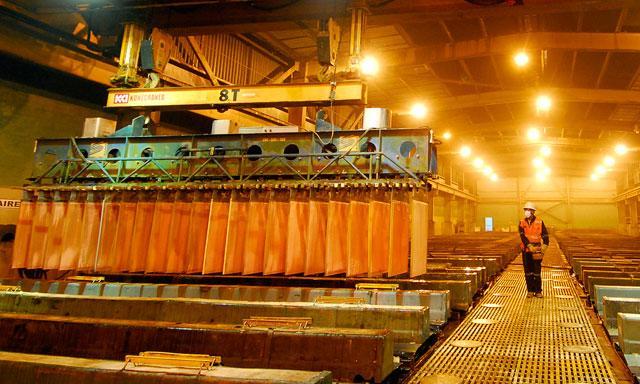 Standard Chartered proyecta que el cobre promedie 4,900 dólares por tonelada en el cuarto trimestre.