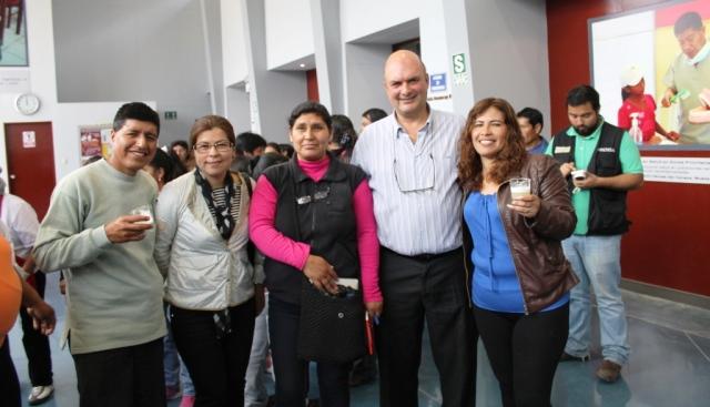 UNACEM hace realidad el sueño de la casa propia a 226 familias de Villa María del Triunfo