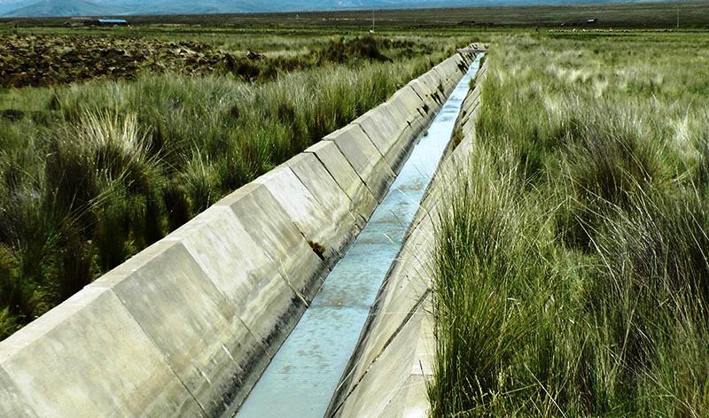 Inauguran obras para reducir contaminación minera en el río Ramis