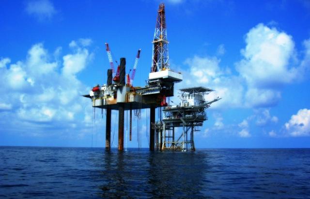 plataforma-petroleo-mar