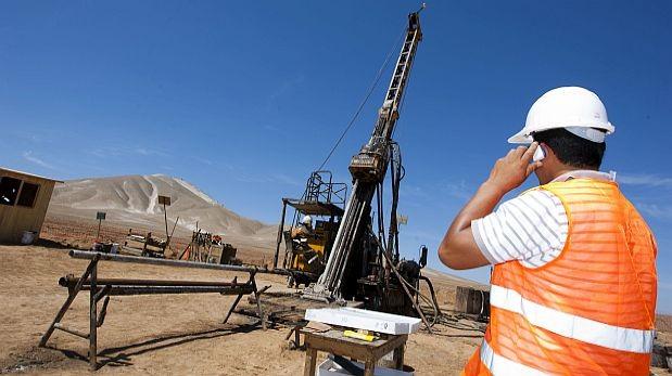 Los trabajadores mejor remunerados este año serían los que se empleen en el sector minería e hidrocarburos. (Foto: Archivo El Comercio)