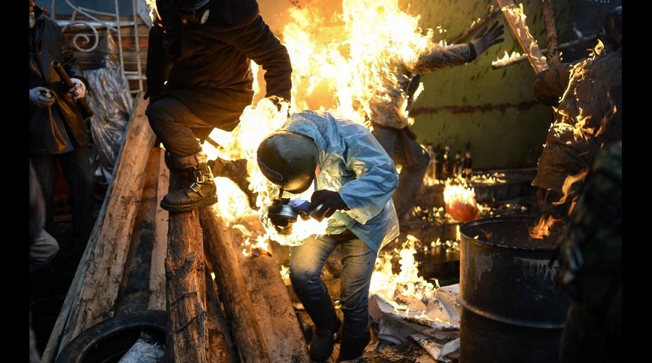 Mueren al menos 70 en enfrentamientos de Ucrania