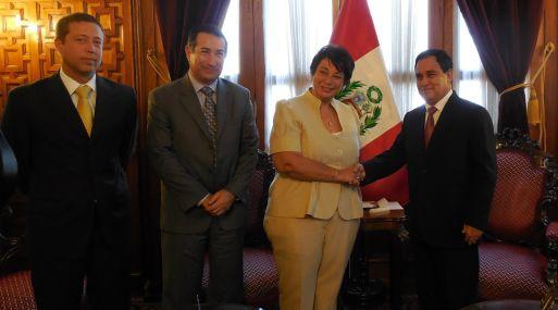Sociedad Peruana de Hidrocarburos se reunión con el presidente del Congreso