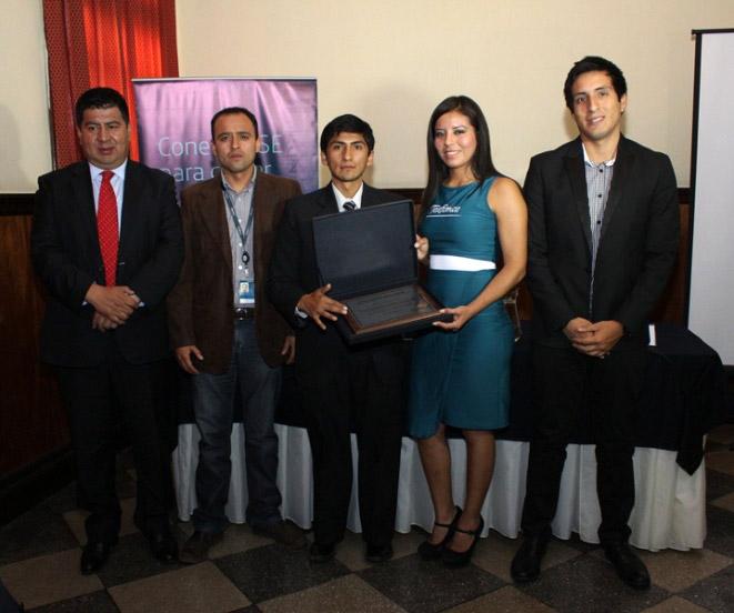 Premiacion-de-Conectarse-para-Crecer-en-Huancavelica