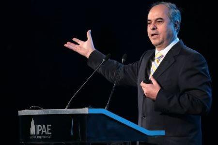 Angel Ananos - Presidente de AJE