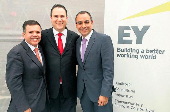 EJECUTIVOS DE EY. Juan Paredes, sociolíder de Auditoría; Paulo Pantigoso, Deputy Manager Partner, y Fernando Núñez, socio de auditoría.