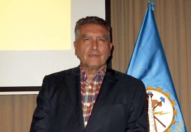 Dr. Edmundo Tulcanaza, Chairman del Committee for Mineral Reserves International Reporting Standards (CRIRSCO)
