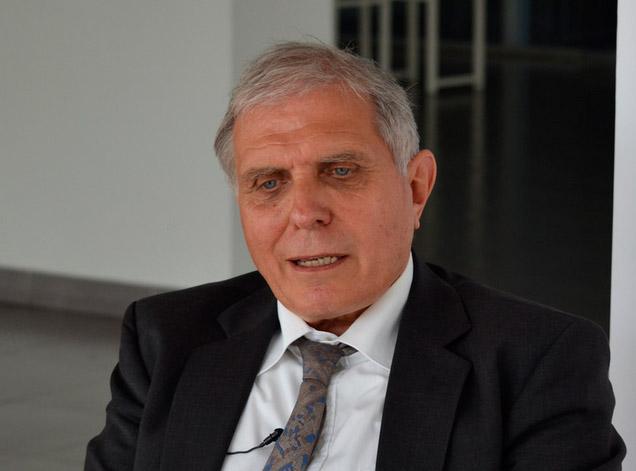 FRANCOIS MÜNGER, Jefe de la División de Iniciativas Hídricas -  Embajada de SuizaCooperación Suiza COSUDE