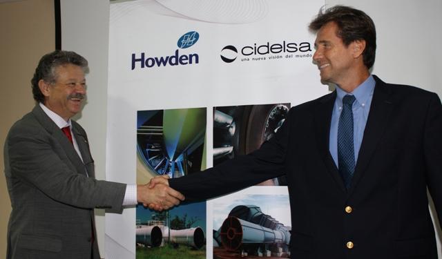 Luis Geraldini, director de ventas de Howden Sudamérica y América Central, y Fernando Rodríguez, gerente general de Cidelsa durante la firma de la alianza estratégica