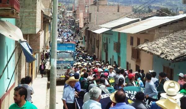 Opositores a proyecto Conga fueron detenidos en Bambamarca y enviados a Chiclayo