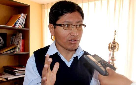 Cesar Rodríguez Aguilar, director regional de Energía y Minas (DREM) Puno. (Foto: radio Pachamama)
