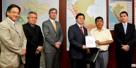 Mineros artesanales de La Libertad llegan a acuerdo con Barrick para formalizar sus actividades