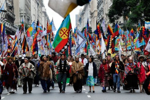 Chile someterá a consulta integración de pueblos indígenas