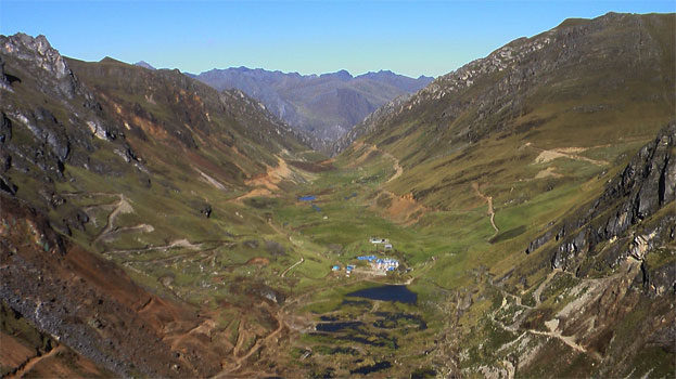 Vista de la quebrada Magistral, Conchucos, Pallasca, Ancash.