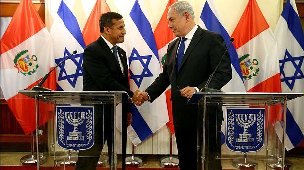 El presidente Ollanta Humala y el primer ministro israelí Benjamín Netanyahu durante la visita que el mandatario peruano hizo a Israel, en febrero de este año. El país de Medio Oriente lamentó decisión de Lima sobre su embajador en Tel Aviv. (Foto: Presidencia de la República)