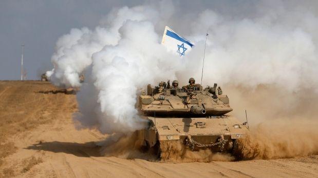 Tanques israelíes se retiran de Gaza. (Reuters)