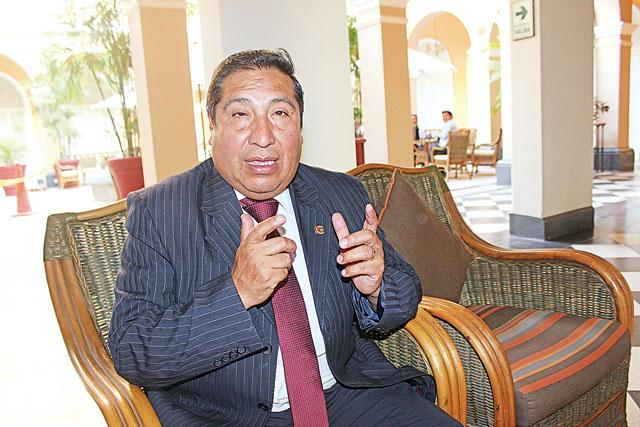Secretario técnico de Comisión de Energía y Minas, cuestiona que empresa pierda millones en importar petróleo.(Foto: La República)