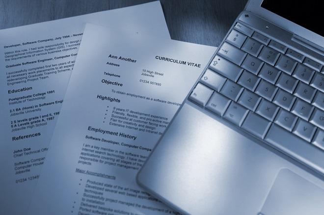 El proceso de selección de personal suele iniciarse con la revisión del CV. Por eso, éste es fundamental.(Foto: Semana Económica)
