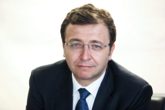 Julián Cubero, Economista Jefe de Escenarios Económicos.