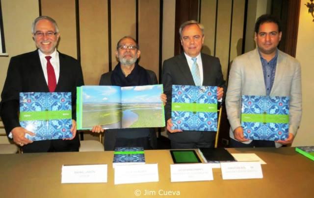 """Telefónica presenta en Lima el libro """"Iquitos"""""""