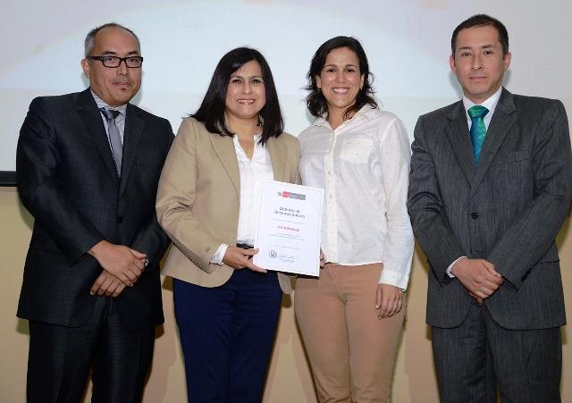Asociación Unacem recibe reconocimiento por labor en beneficio de la educación - Minedu