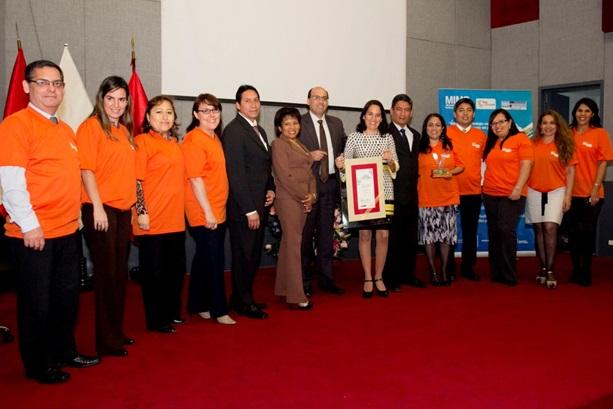 Prima AFP recibe Premio Nacional al Voluntariado otorgado por el Ministerio de la Mujer y Poblaciones Vulnerables