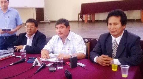 El presidente regional Omar Jiménez hizo el anuncio durante la sesión del pleno del consejo regional. (Foto: Radio Uno)