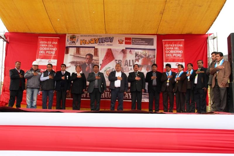 Minera Pan American Silver Huaron participa en la construcción del segundo tramo de la carretera Huayllay - Canta - Lima