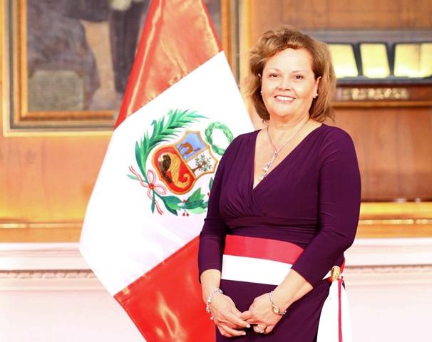 Ministra Rosa María Ortiz.