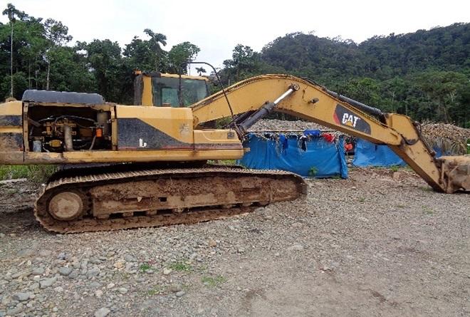 mineria ilegal-maquinarias