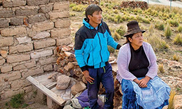 Campesinos de Espinar viven con metales pesados en sus cuerpos. Foto: La República.